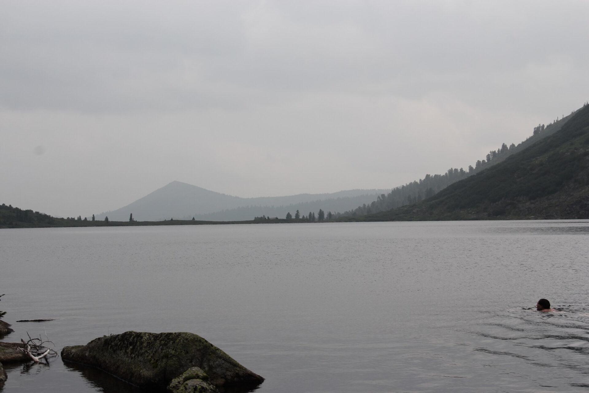 Природный парк «Ергаки» под пеленой тумана идыма отпожаров