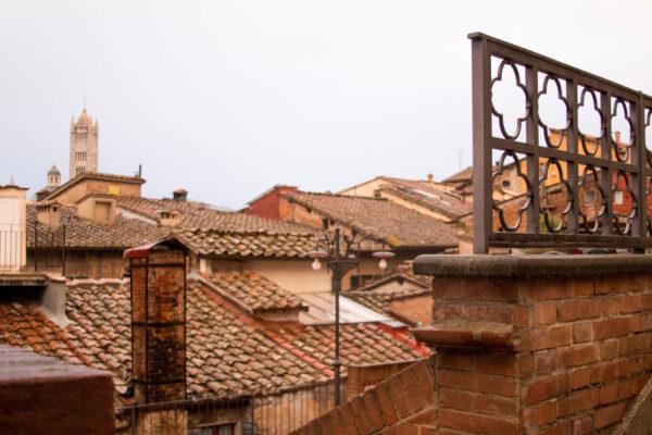 Сиена, Тоскана вдекабре