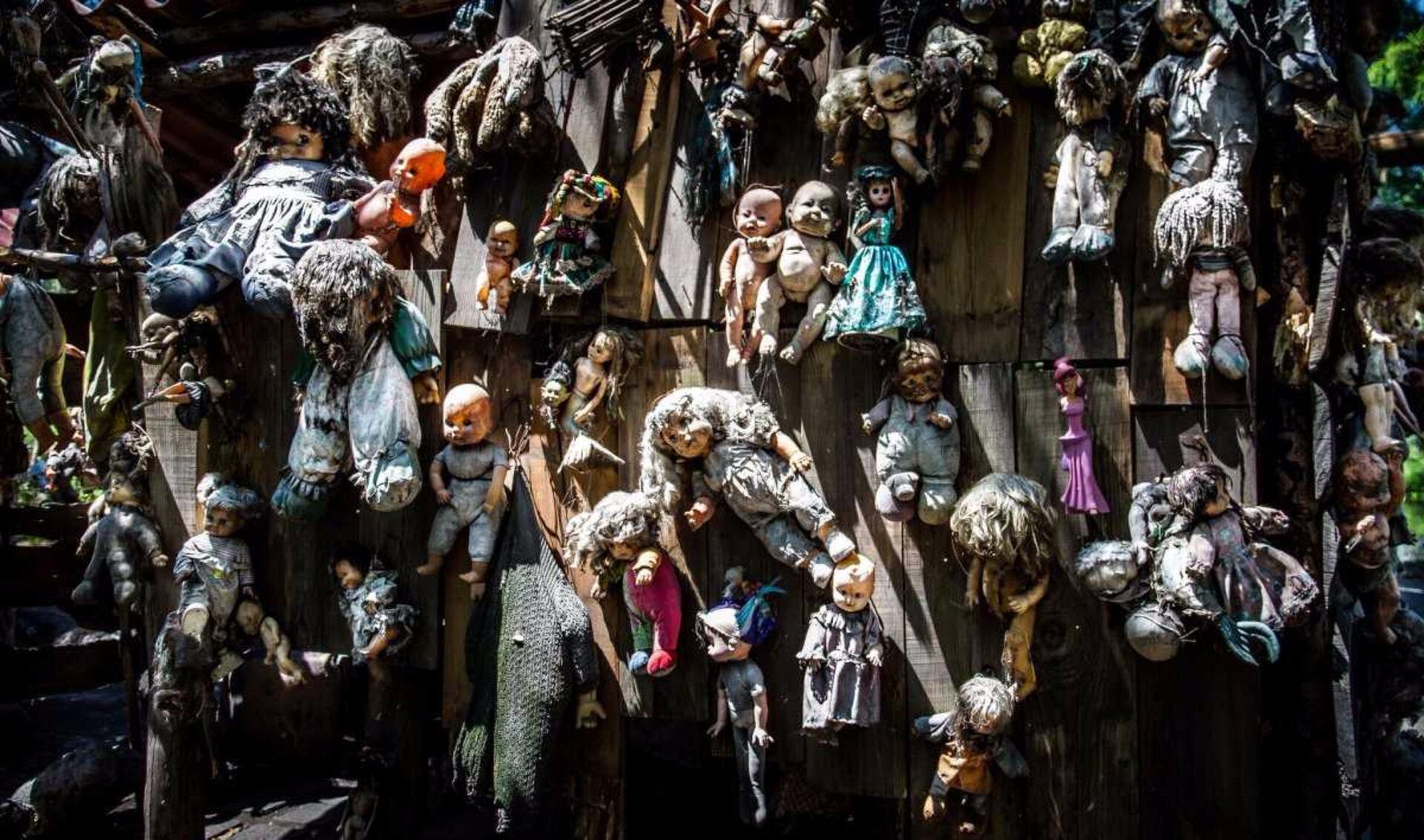 Остров заброшенных кукол вМексике (LaIsla DeLas Munecas)