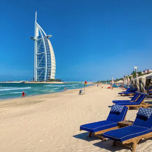 Дубай — мираж в пустыне и Лувр в лазурных водах Персидского залива.