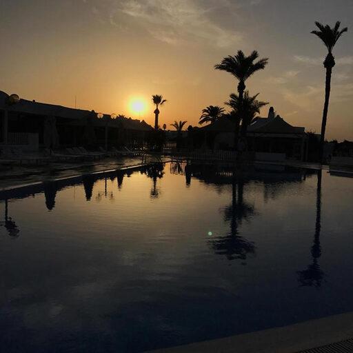 Отдых в Тунисе — отель, море и закаты.