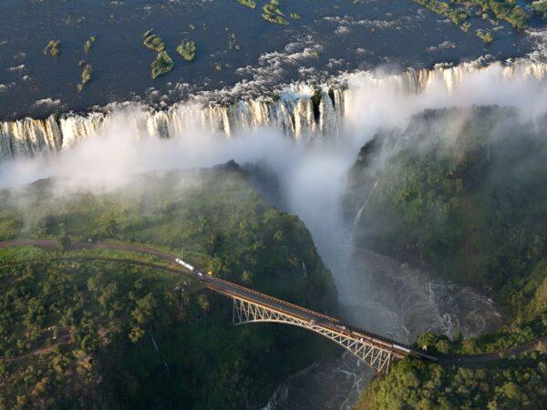 Водопад Виктория. Река Замбези. Замбия
